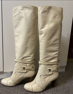 £250 • Buy Chanel Cream Boots Size 6