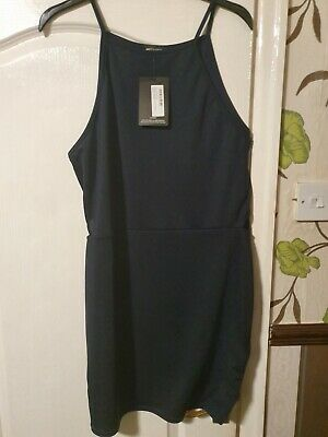 £3 • Buy Modern High Neck Cut Out Body Con Dress Size 20 Pretty Little Thing New With Tag