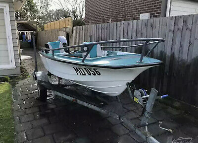AU1275 • Buy 3.6m Fibreglass Fishing Boat - With All Mandatory Safety Gear