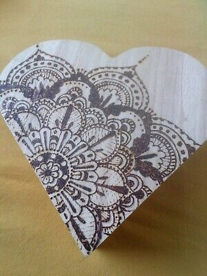 £4 • Buy Heart Shaped Wooden Storage Box With Lid Hand Decorated Wood Burning Design