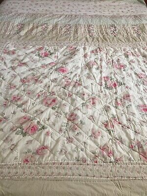 £17 • Buy Pretty Vintage Patchwork Quilt/king Size