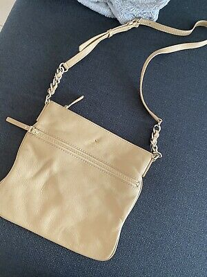 AU40 • Buy Kate Spade Crossbody  Leather Bag 🍁 Great Color For Winter
