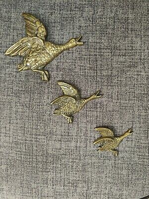 £25 • Buy Vintage Heavy Brass Graduated Flying Ducks/ Geese Wall Hanging Plaques Set Of 3