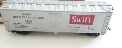 $ CDN4.25 • Buy Ho Trains Tyco - Swift Reefer - Latch Couplers- Exc. - M14