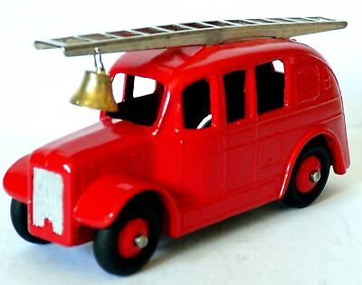 £14.99 • Buy Dinky Toys No.250 Stream Lined Fire Engine (1954-62).