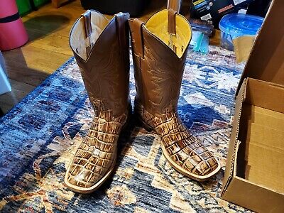$150 • Buy Larrea Boots Genuine Caiman Brand New Size 10.5D With Belt