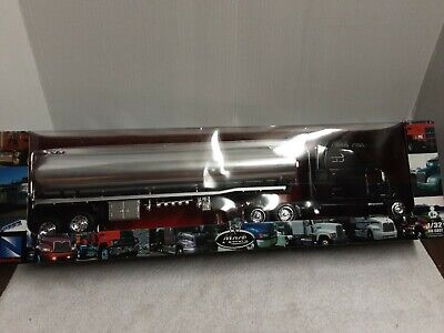 $49 • Buy New Ray Mack Oil Tanker Truck 1/32 Tractor Trailer With Black Cab New In Box