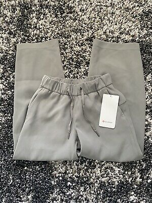 $ CDN37.45 • Buy NWT Lululemon On The Fly 7/8 Wide Leg Pant Woven In Grey Sage! Size 0!