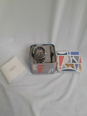 View Details Fossil Watch Men - View Of Gears, Silver Colour And Metal With Original  Box • 33.00£