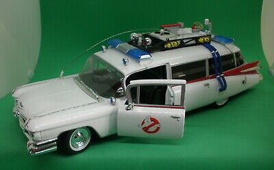 £55 • Buy ERTL 1/21 Ghostbusters ECTO 1 Ambulance (Model Only) - Mint Condition!!