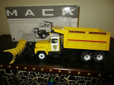 $104.99 • Buy 2000 First Gear-  WHITE PLAINS   Mack R-Model Dump Truck With Plow