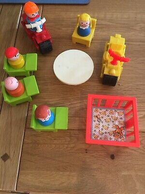 £8 • Buy Vintage Fisher - Price Little People Toys