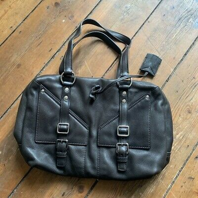 AU300 • Buy Yves Saint Laurent YSL Bag. Great Condition Like New Barely Been Used.