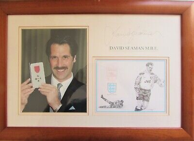 £20 • Buy Football. Picture Of David Seaman When He Got Is M B E Signed