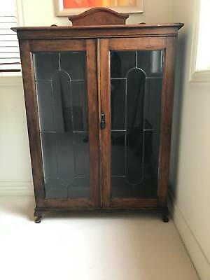 AU450 • Buy Leadlight 2 Door Cabinet / Bookcase Oak Timber With 3 Shelves, Lots Of Character