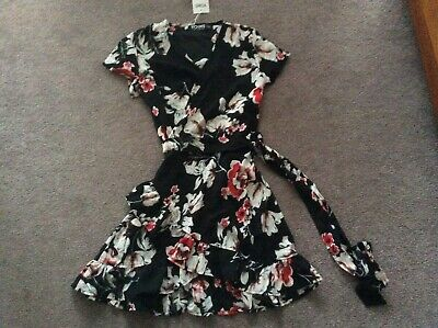 AU12 • Buy  Short Frilly Dressing Gown 35% Cotton Size L Bnwt