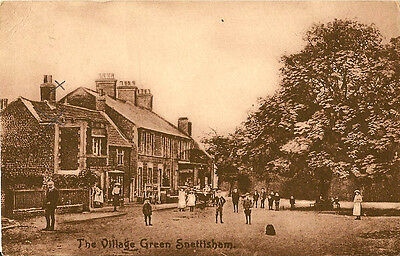 SNETTISHAM ( Norfolk) :The Village Green -MEEK • 9.50£
