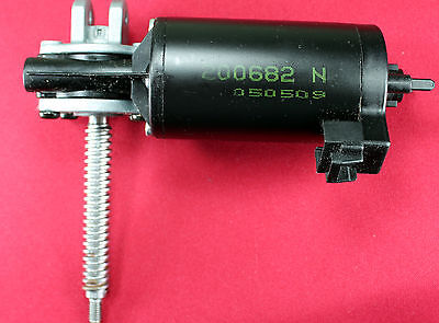$12.55 • Buy 190 Rpm 12Vdc Right Angle Drive Electric Motor From Car Seats-Daewoo