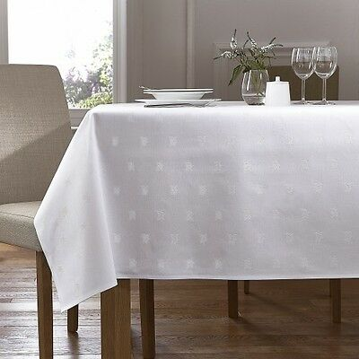 White 100% Egyptian Cotton Table Cloth - Ivy Leaf Design • 12.95£