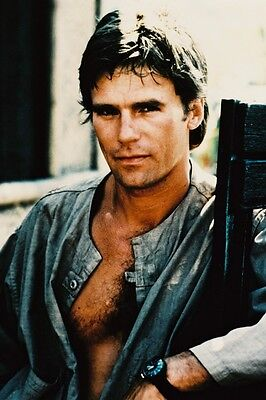 $12.99 • Buy Richard Dean Anderson As Angus Macgyver In Macgyver 11x17 Mini Poster Bare Chest