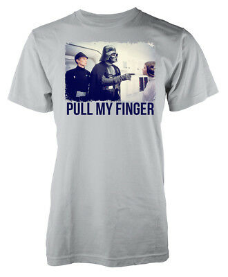 Star Wars Inspired Darth Vadar Princess Leia Pull My Finger Adult T-shirt • 7.99£