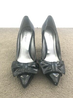 AU50 • Buy Nine West Black Patent Heels With Bow