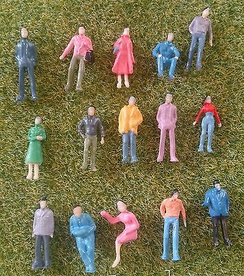 1:100 Scale Architecture Model Painted Figures People - Pack Of 25, 50 Or 100 • 5.50£