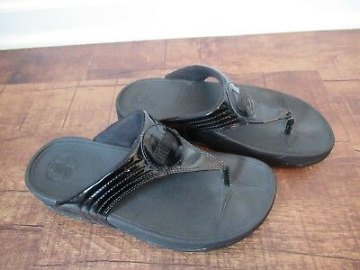 59f1c53ce8fa FitFlop Walkstar Womens Black Patent Leather Sandals Flip-Flops Slides SZ 7  • 42.99