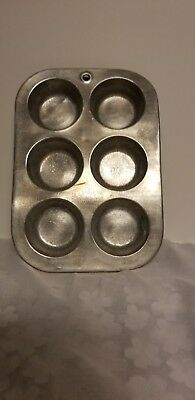 """$4.59 • Buy Vintage COMET Aluminum Cupcake Muffin Pan, 7"""" By 10""""        A-2"""