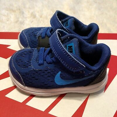 33a8ab3729b8 Nike Baby Toddler Flex RN 2017 Sneakers Blue 5c • 25.00
