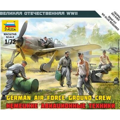 Zvezda 1/72 Scale WW2 GERMAN LUFTWAFFE GROUND CREW • 5.99£