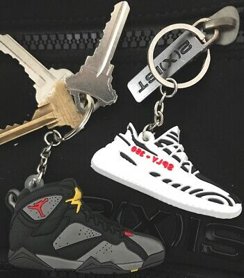 Air Jordan 1-13, NMD,Airmag Yeezys Soft Rubber Sneaker Shoe Keychain Keyring  3D • 2.99$