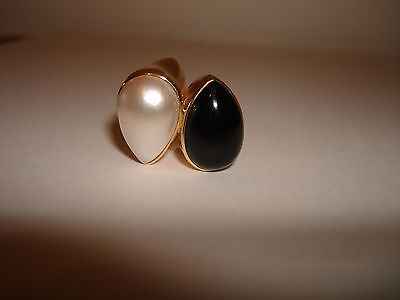 $594.95 • Buy Vintage Bypass Unique Black Onyx Mabe Pearl Ring 14 Karat Yellow Solid Gold 7.5