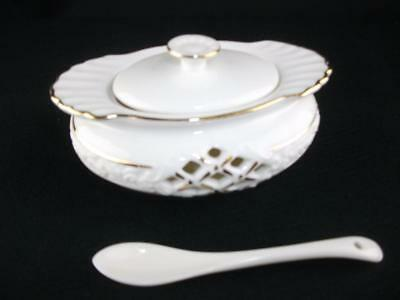 Sugar / Sauce Lidded Dish / Bowl With Spoon From Regal Range Of Bone China, NEW • 6.90£