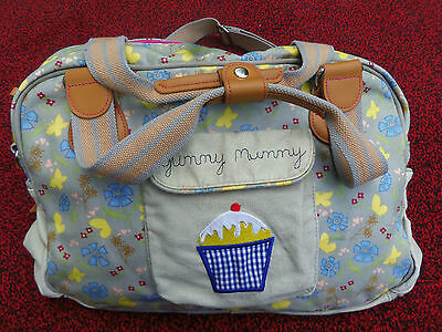 £12 • Buy Yummy Mummy Pink Lining Butterfly Cupcake Baby Bag