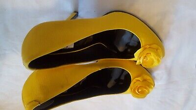 £22 • Buy Holly Willoughby Yellow Heeled Shoes. UK Size 7 New And Never Been Worn.