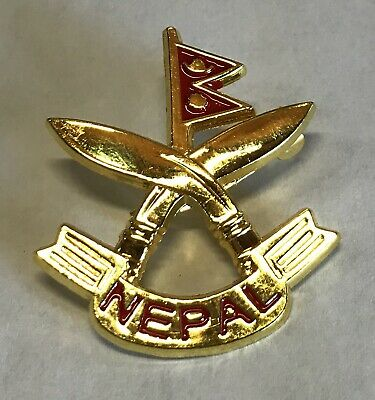 Nepal Country Flag And Khukuri Cross Metal Lapel PIN BADGE ..NEW • 5£