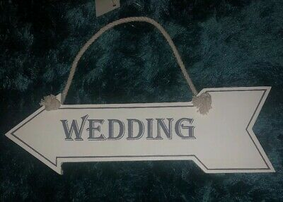 White And Silver Wedding Arrow Sign  • 3.99£