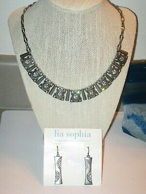 $ CDN37.65 • Buy LOT OF 2: Lia Sophia MATRIX NECKLACE (NWT) & POP ART EARRINGS - LOTS OF SPARKLE