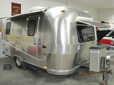 airstream trailers used