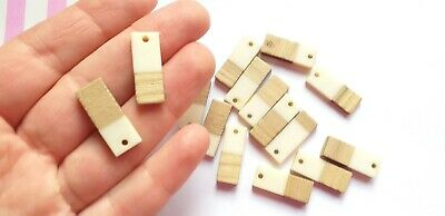 2/4pc CREAM Wood And Resin Pendants, Jewellery And Decoden Craft Supplies • 1.79£