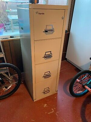 Fireking File Cabinet With Keys • 411$