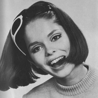 $ CDN8.43 • Buy Barbara Bach 8x10 Picture Simply Stunning Photo Gorgeous Celebrity #30