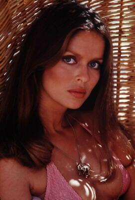 $ CDN8.43 • Buy Barbara Bach 8x10 Picture Simply Stunning Photo Gorgeous Celebrity #50