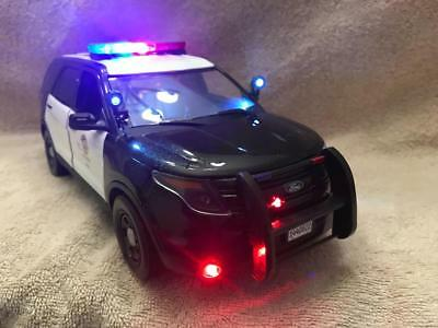 1/18 Scale Diecast Lapd California Police  Ford Suv W/working Lights And Siren • 154.95$