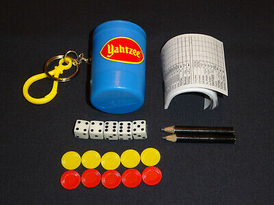2000 Yahtzee Dice Game Key Chain By Basic Fun - 100% COMPLETE W/ UNUSED PIECES! • 14.93$