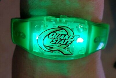 Quaker State Light Up Green Wristband. Turns Off And On Switch. • 3.56$