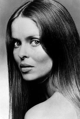 $ CDN6.41 • Buy Barbara Bach 8x10 Picture Simply Stunning Photo Gorgeous Celebrity #1