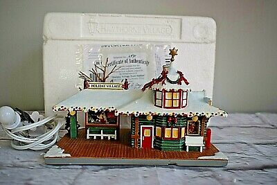 Hawthorne Coca Cola Holiday Village Train Station Christmas Lighted Building • 29.68£