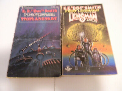 $5 • Buy E. E. Doc Smith Triplanetary 1982 & First Lensman 1968 PB